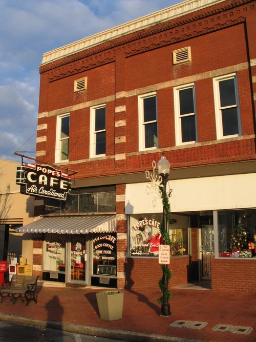 Pope's Cafe, Public Square, Shelbyville, Tennessee