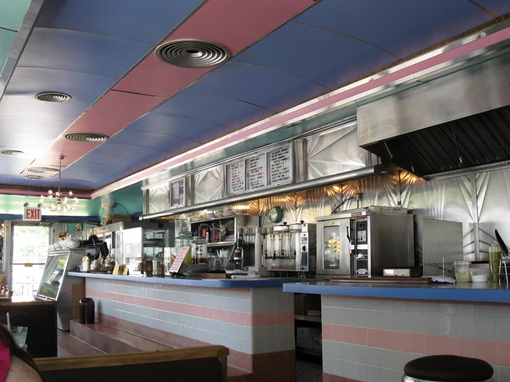 M. Wells Diner, 21-17 49th Avenue, Hunters Point, Long Island City, Queens