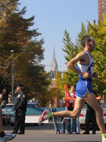 New York City Marathon, 49th Avenue and Vernon Boulevard, Hunters Point, Queens, November 5, 2006, 11:23 a.m.