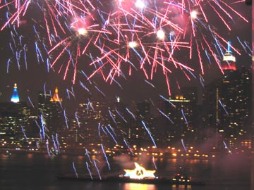 Macy's Fireworks Show, Hunters Point, Queens