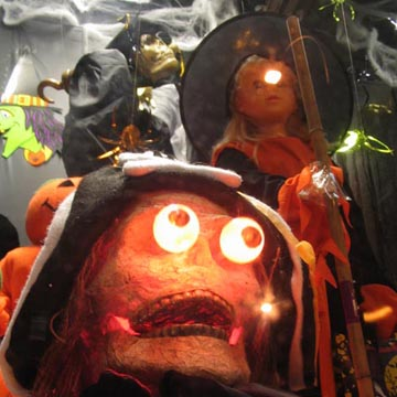 Halloween Decorations, Rite Aid Pharmacy, 2833 Broadway, Morningside Heights, October 14, 2005