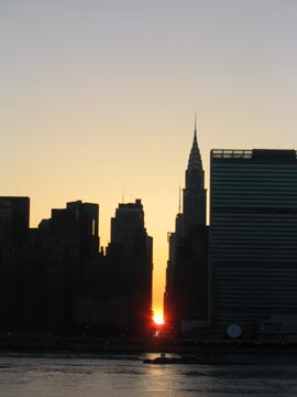 Manhattanhenge, May 28, 2004