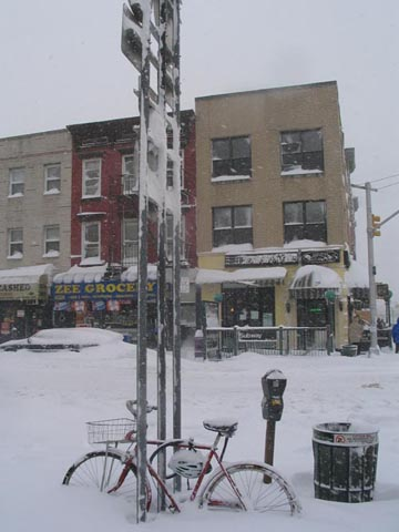 Vernon Boulevard and 50th Avenue, Hunters Point, Queens, February 12, 2006, 12:15 p.m.
